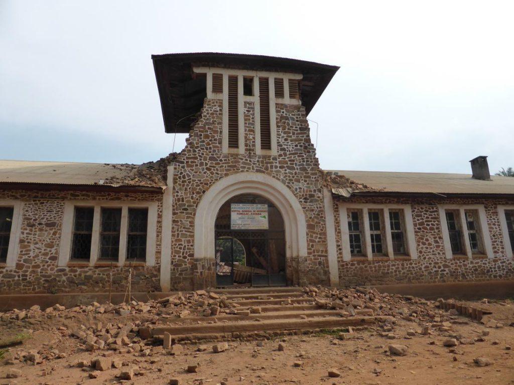 Hopital FORMULAC_Katana, after earthquake August 7, 2015. (c) RESIST, 2015